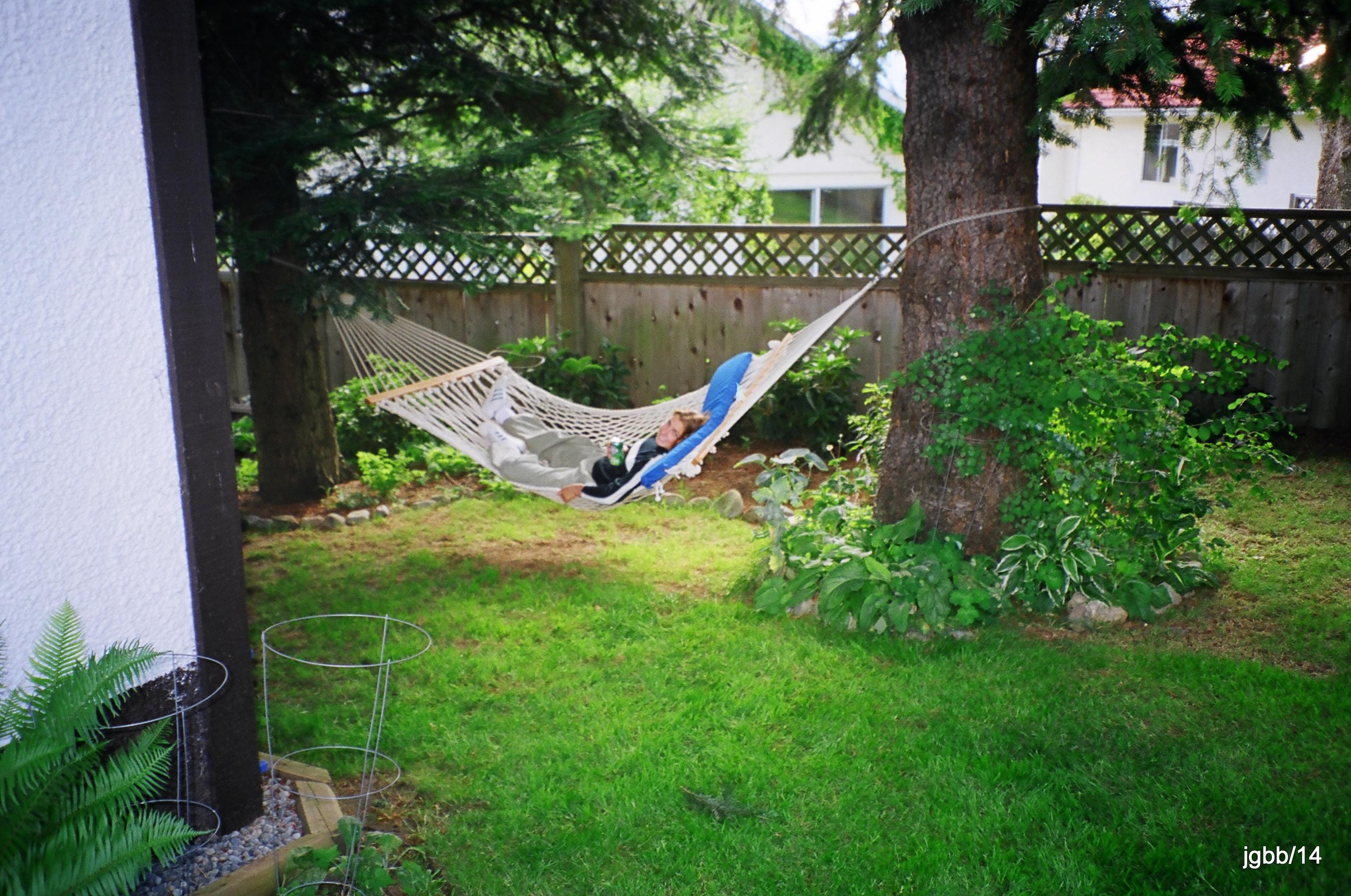 21-Allison, hammock 01810006_006_0001